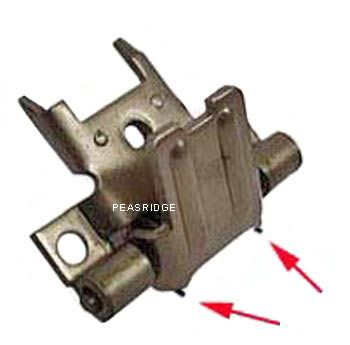 Blade hinge assembly